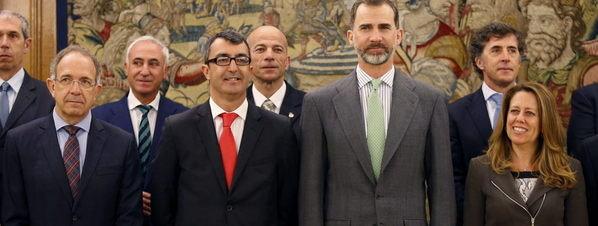 El-Rey-Felipe-con-la-organización
